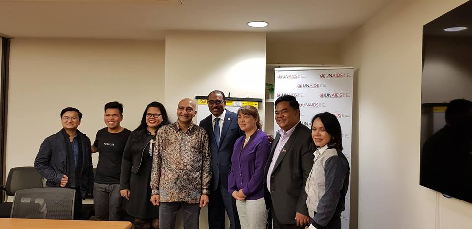 Asia Pacific communities with UNAIDS ED Michel Sidibe